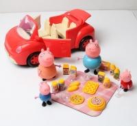 Машина Свинки с семьей и набором для пикника
